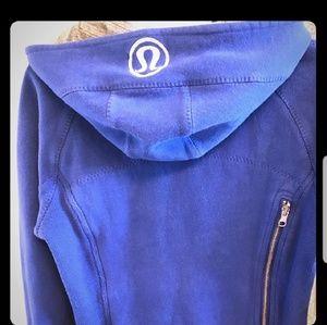 lululemon sweatshirts with large back pocket
